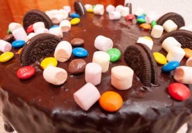 Торт шоколадный - украшение