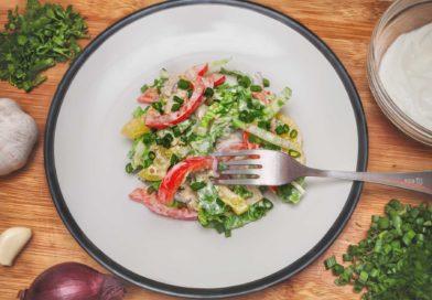 легкий весенний салат с пекинской капустой