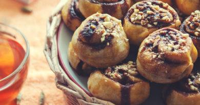 простой рецепт приготовления булочек с корицей и кардамоном
