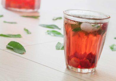 простой рецепт простого и вкусного вишневого лимонада с мятой и имбирем