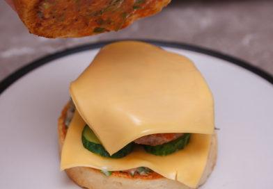 когда смажу булку соусом накрываю гамбургер