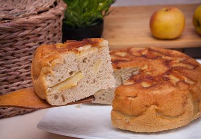 шарлотка с яблоками в мультиварке, простой рецепт с фото