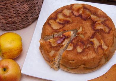 простой рецепт шарлотки с яблоками в мультиварке