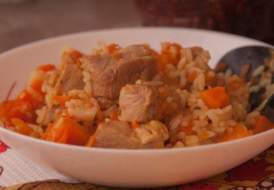 простой рецепт приготовления риса с мясом и тыквой в горшочках
