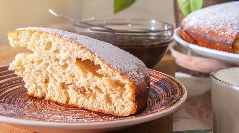 простой пирог из грушевого варенья