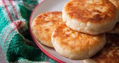 простой рецепт сырников с кокосовой стружкой