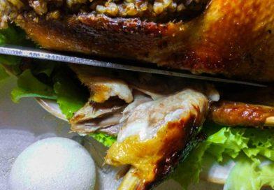 Простой рецепт утки с гречкой и овощами