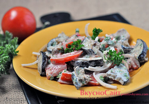 Легкий салат из баклажанов