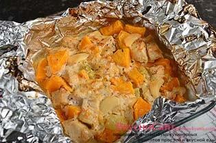 дай тыкве с курицей немного остыть, после чего подаю блюдо порционно