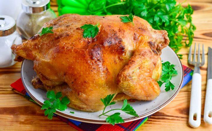 Курица, запеченная в духовке целиком с майонезом
